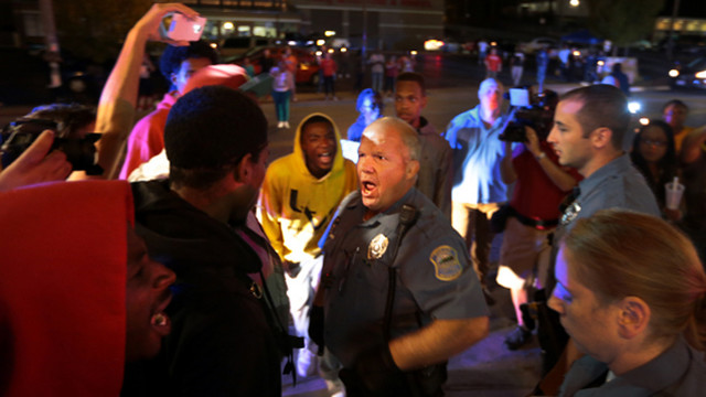 Mo. Police, Protesters Clash After Apology