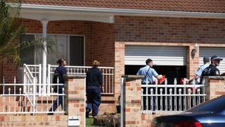 Australia Police Raids Thwart Beheading Plot