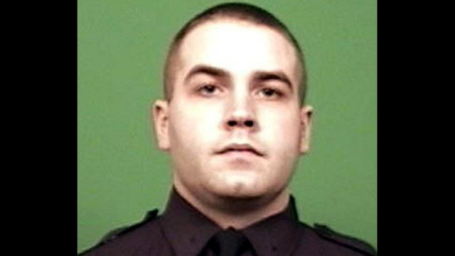 NYPD Officer Killed, 8 Others Hurt in Crash