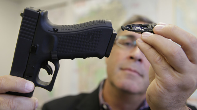 Startup Unveils Gun Technology for Police