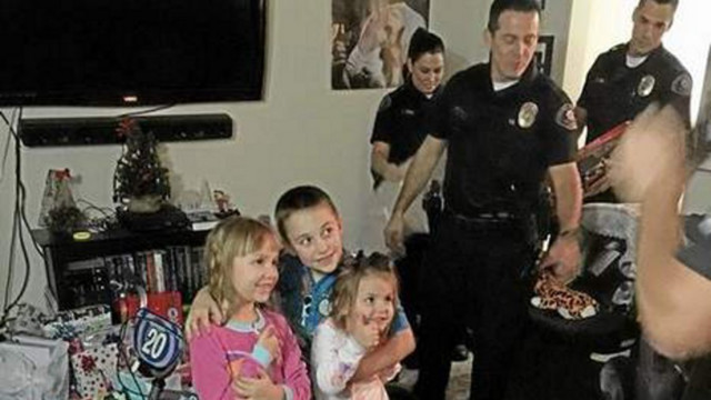 California Police Save Family's Christmas