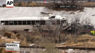 Raw: 10 Dead in Texas Prison Bus Crash