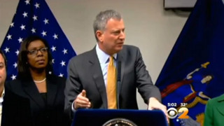 Mayor De Blasio Seeks to Reconcile With NYPD