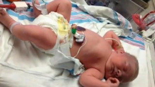 New York Troopers Help Deliver Baby
