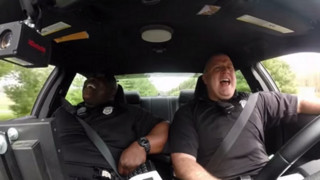 Singing Delaware Officer Returns for Duet