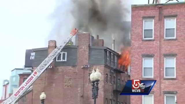 Off-Duty Boston Cop Alerts Residents to Fire
