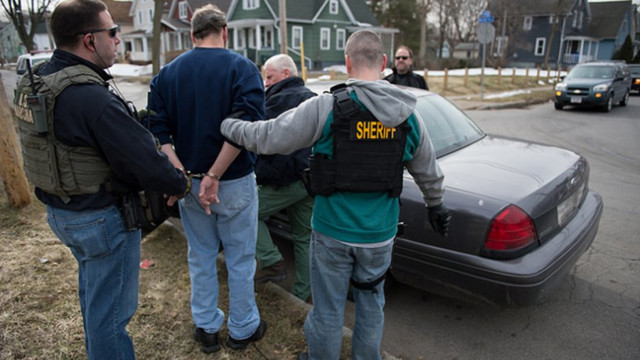 U.S. Marshals Nab 7,100 Fugitives in Sweep