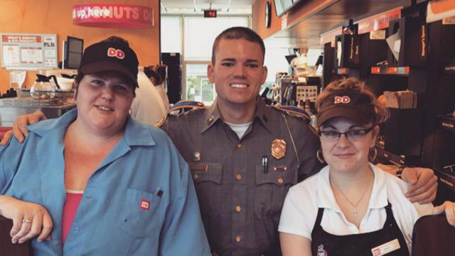 Connecticut Dunkin' Donuts worker refuses to serve police officer