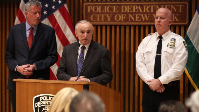 Bratton says comments not about all in hip hop