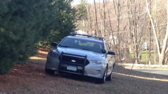 Police officer shot during CT standoff