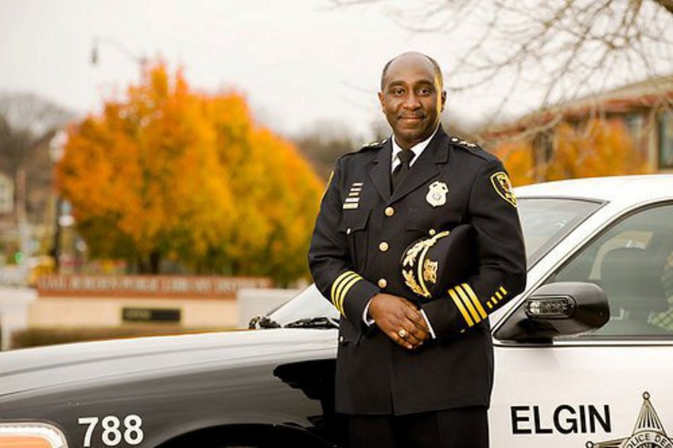 Elgin, Ill  Deputy Police Chief Cecil Smith Offered Controversial Post