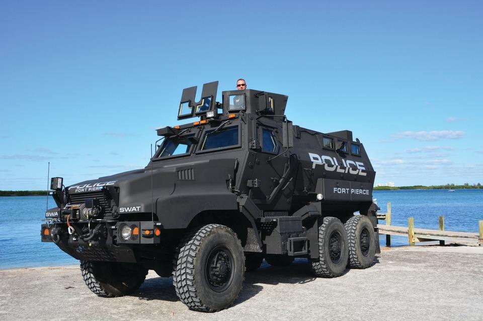 Streit Usa Armored Vehicles Swat Vehicles Autos Post