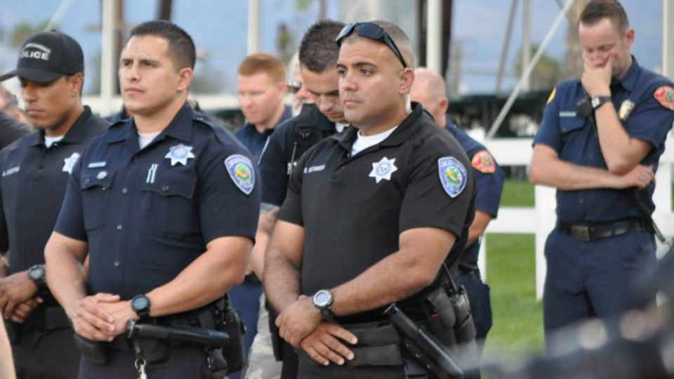 how to become a police officer in riverside california