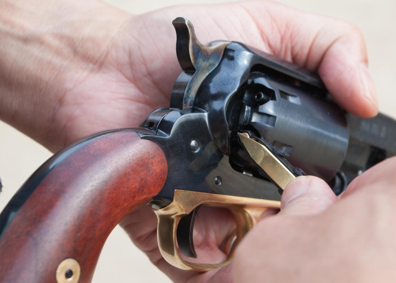 LET December Firearms Tactics