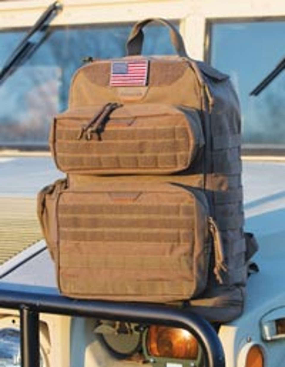 Thanks to innovative features such as hook and loop and MOLLE fastening  systems 84f326475