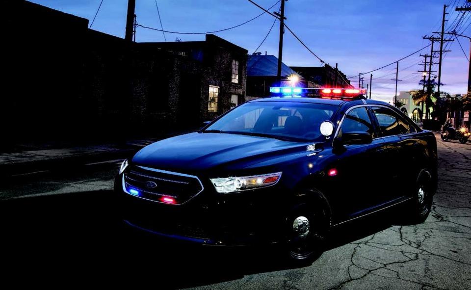 Ford motor co police interceptor special service police for Ford motor company service specials