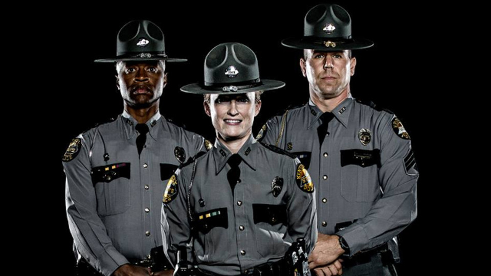 requirements for a police officer A police officer is entrusted with the security of the nation and is responsible for upholding the law thus, they are also one of the most carefully vetted employees on.