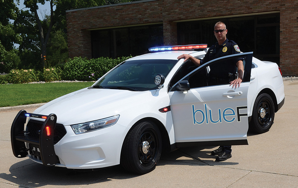 Enhancing officer safety while driving blueprint control system the blueprint control system improves safety through the automation of emergency lighting and siren performance functions by reducing cognitive load and malvernweather Choice Image