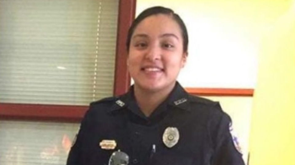 philadelphia mississippi police officer leann simpson killed in crash