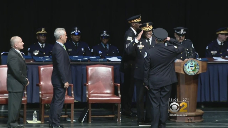Police Body Cameras >> Chicago Police Department Adding More Than 300 New Officers