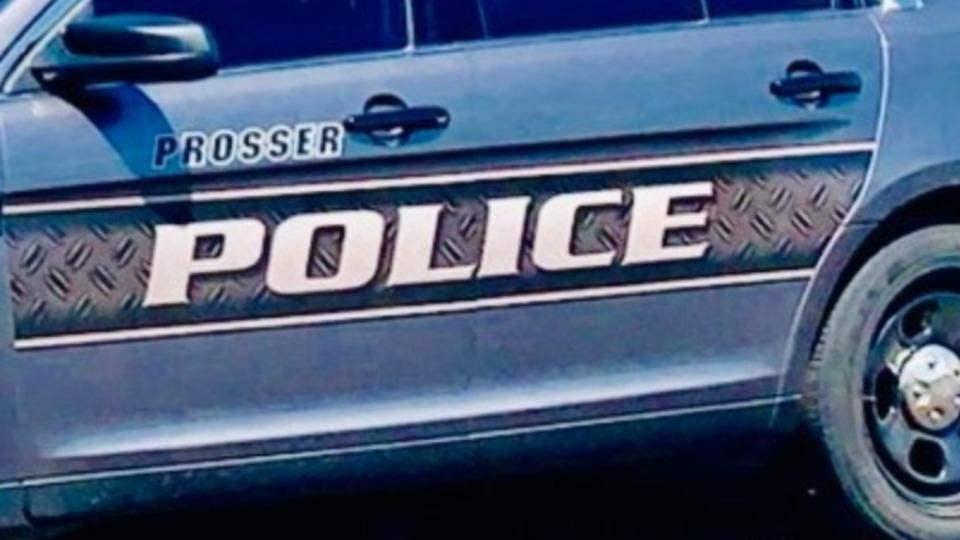 Washington Police Officer Shot Responding to Botched Robbery