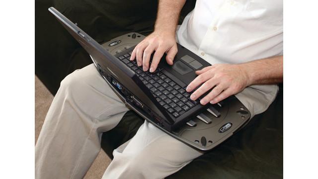laptopdeskfutura_10044422.psd