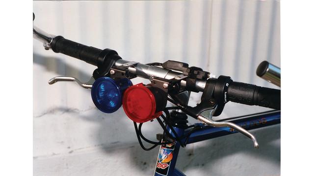 patroldeluxbicyclelightingsystem_10045324.tif