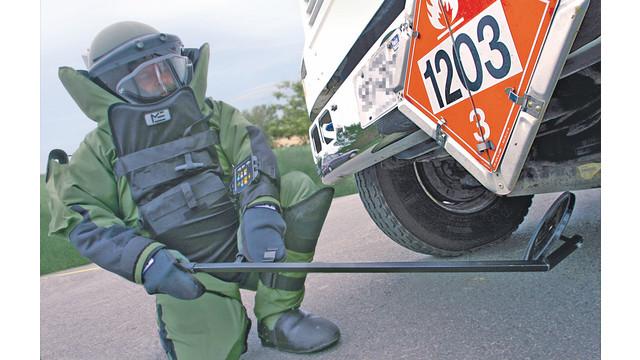 eod9aexplosiveordnancedisposalhelmet_10048253.psd