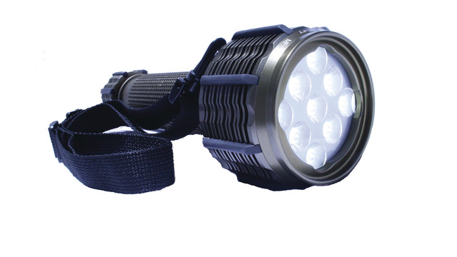 mf1000flashlight_10049106.tif
