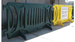 heavy duty plastic crowd control barricades