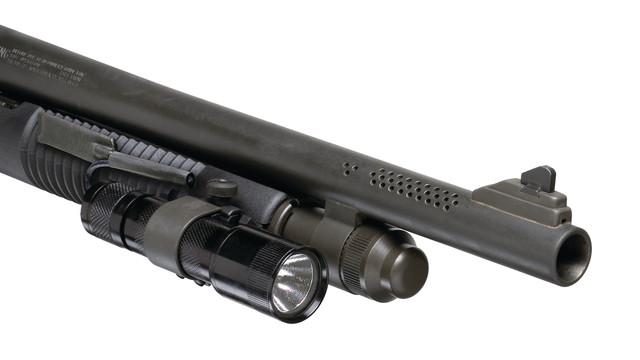 mossberg500590tacticalflashlightmount_10053378.psd