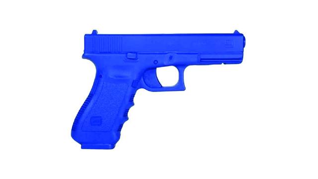 Rings Blue Guns Glock 17 Firearm Simulator