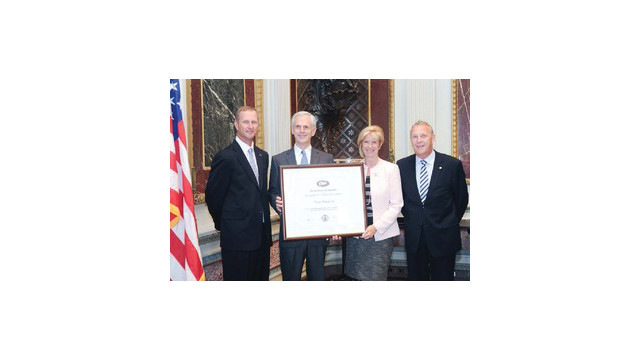 pelican-presidential-e-award_10722012.psd