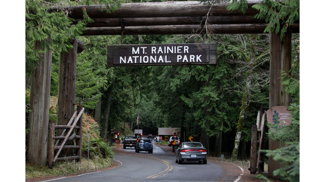 Mount Rainier National Park.jpg_10733134.jpg