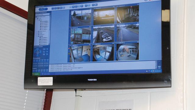 camera-system-central-monitori_10734878.psd