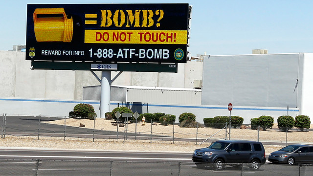 Phoenix billboard warns about flashlight bombs.jpg_10727316.jpg