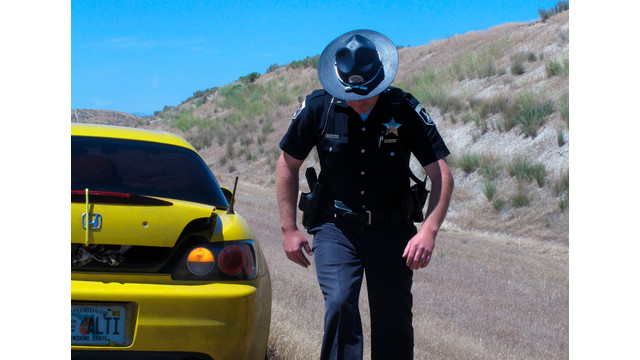 Idaho Trooper Search Car During a Traffic Stop.jpg_10738980.jpg