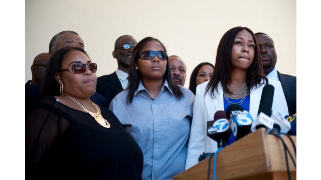 Rodney King's Daughters Speak at Service.jpg_10736781.jpg