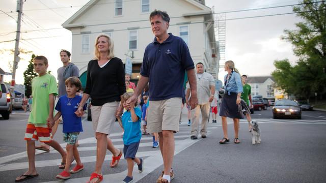 Mitt Romney And Family Walk Across Street in Wolfeboro, NH.jpg_10737702.jpg