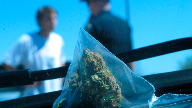 Idaho Trooper Talks to Suspect Who Purchased Pot.jpg_10738975.jpg