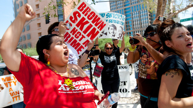 Sheriff Joe Protesters Gather in Arizona .jpg_10747589.jpg