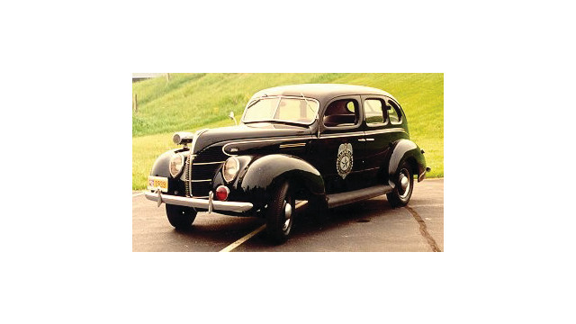 1939-ford-cruiser_10783462.psd