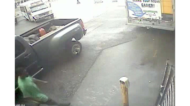 Video of Truck Theft in Detroit.jpg_10773379.jpg