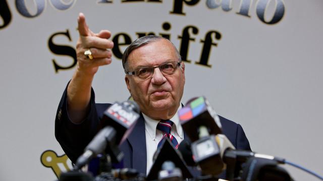 Sheriff Joe Cleared in Federal Probe.jpg_10773040.jpg
