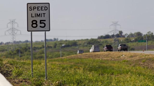 Texas Highway Speed limit increased.jpg_10776279.jpg