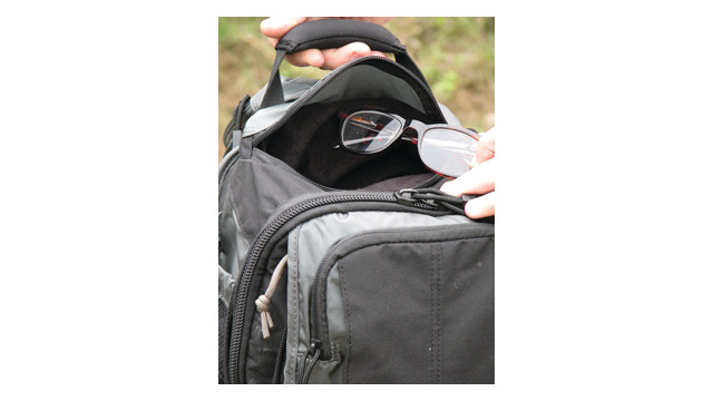 glassespocket_10811505.psd