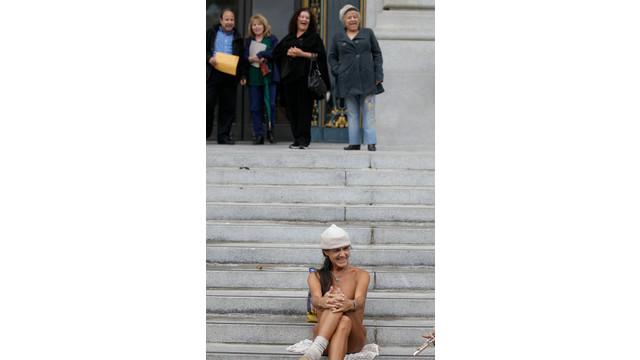 san francisco nudity ban 3.jpg_10832690.jpg