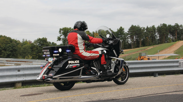 motorcycle-dynamics-images-340_10827051.psd