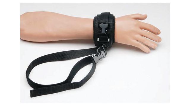 polypropylene-limb-holders-4_10850460.psd