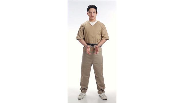transport-belt-with-handcuffs-_10850408.psd